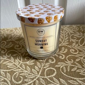 DW Sunday Morning Candle